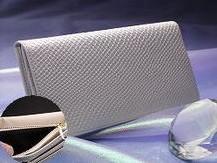 財布屋の「白蛇シンプルイズベスト束入れ」は開運口コミナンバーワン!